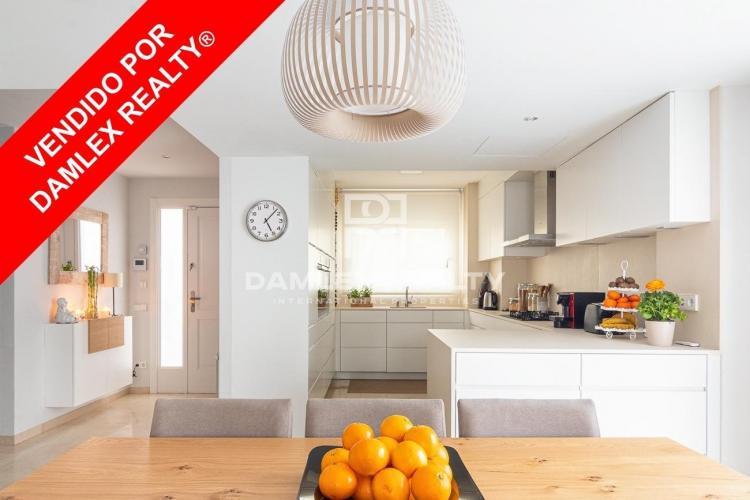 Haus zu verkaufen in Gava, 5 schlafzimmer, Grundstücksgrösse 300 m2