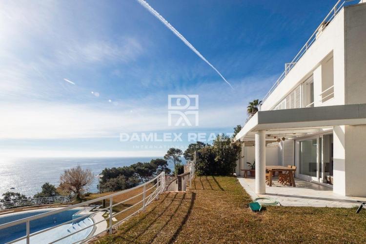 Haus zu verkaufen in Sant Feliu de Guixols, 3 schlafzimmer, Grundstücksgrösse  m2