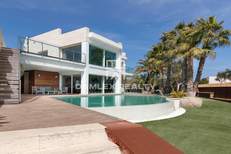 """Haus zu verkaufen in Platja d""""Aro, 6 schlafzimmer, Grundstücksgrösse 2195 m2"""