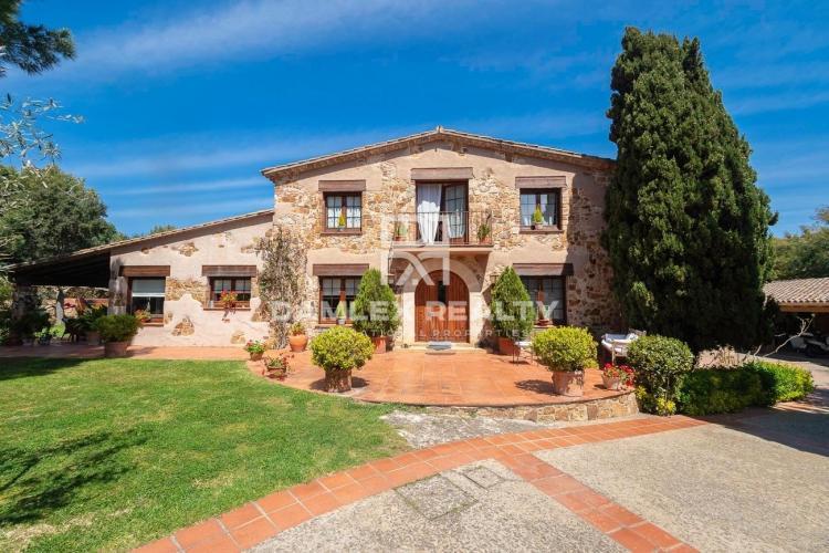 Haus zu verkaufen in Sant Feliu de Guixols, 6 schlafzimmer, Grundstücksgrösse 6067 m2