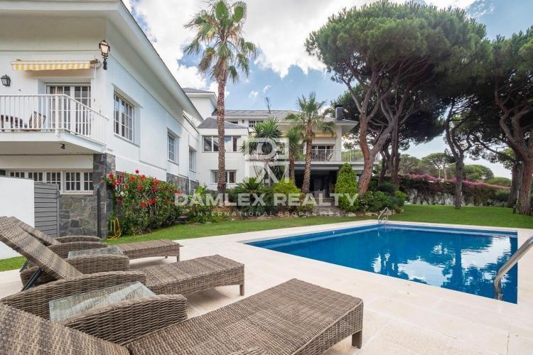 Haus zu verkaufen in Cabrera de Mar, 6 schlafzimmer, Grundstücksgrösse 2200 m2