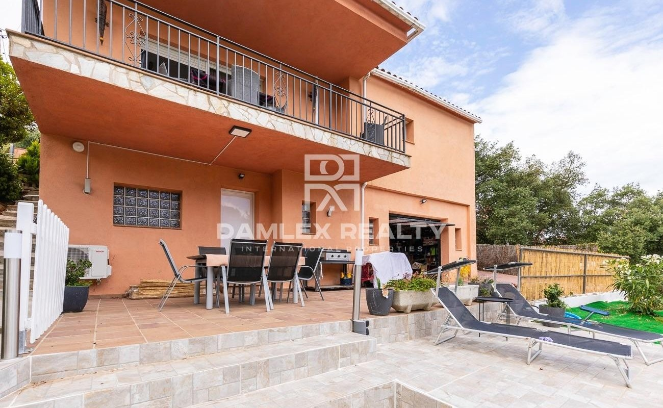 Haus zu verkaufen in Lloret de Mar, 4 schlafzimmer, Grundstücksgrösse 1005 m2