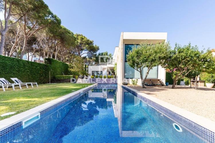 Haus zu verkaufen in Calonge, 4 schlafzimmer, Grundstücksgrösse 1000 m2