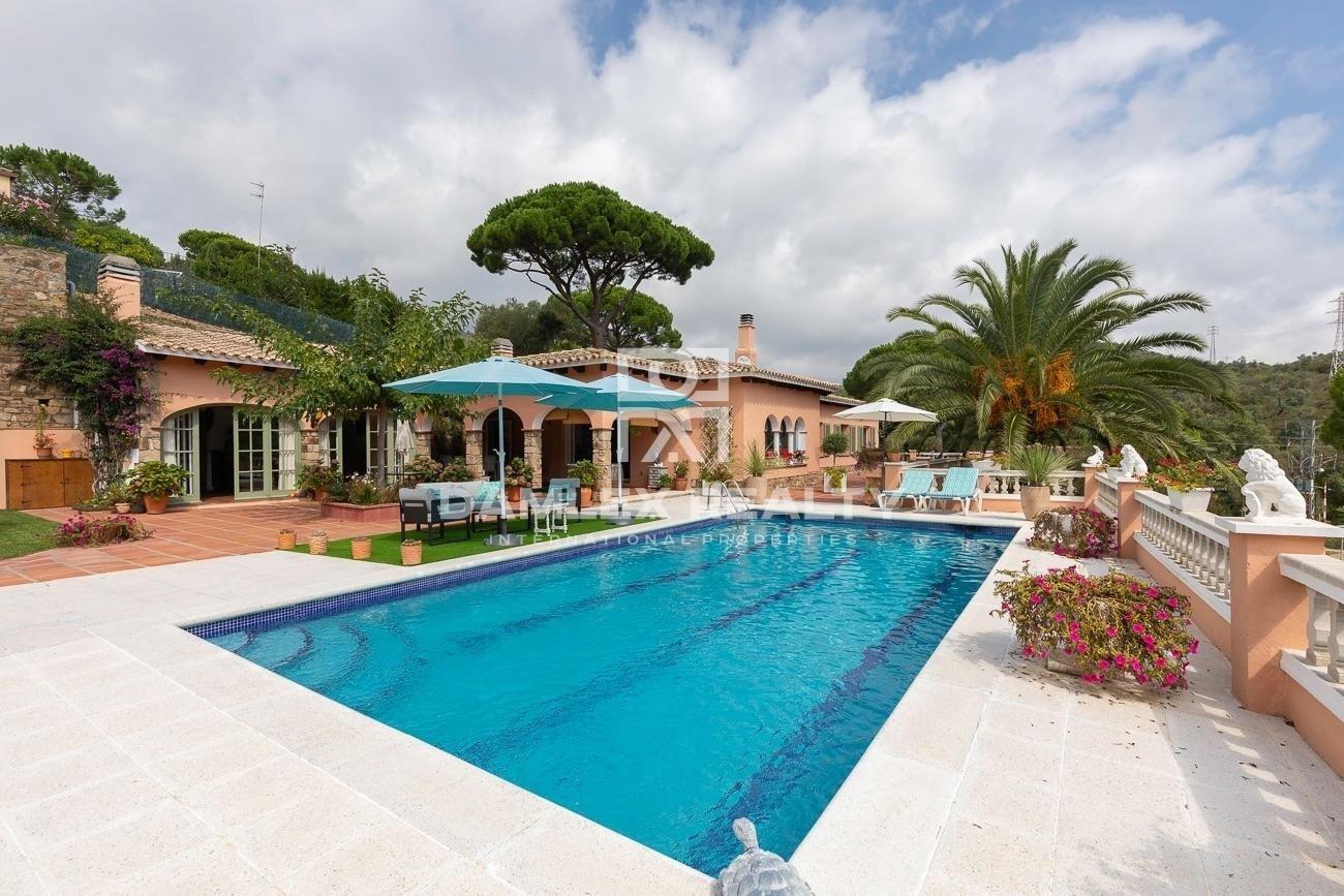 Riesige Private Villa in Platja D´Aro Mit Schwimmbad