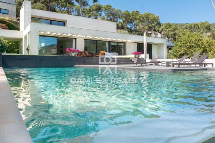 Haus zu verkaufen in Begur, 6 schlafzimmer, Grundstücksgrösse 2200 m2